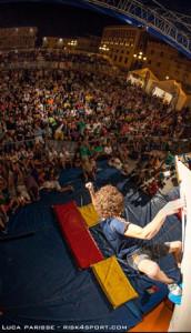 Glairon Mondet vince il primo festival dell'arrampicata, spettacolare manifestazione organizzata dalla nostra associazione El Cap